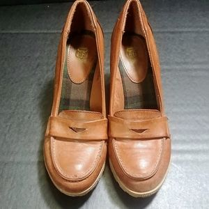 Women's Closed Toe Wedge Size 7